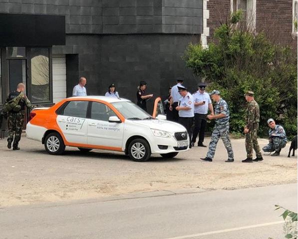 В Волгограде нашли «ароматную гранату» в машине каршеринга, фото-1