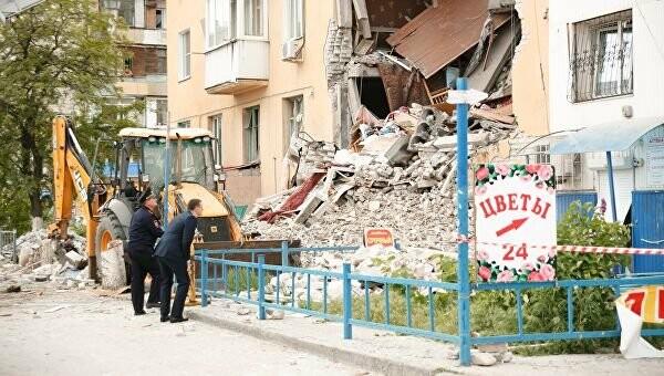 Обрушился двухэтажный дом в Волгограде, фото-1