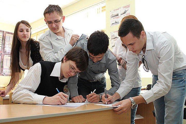 Сто баллов на ЕГЭ получили 10 волгоградских выпускников, фото-1
