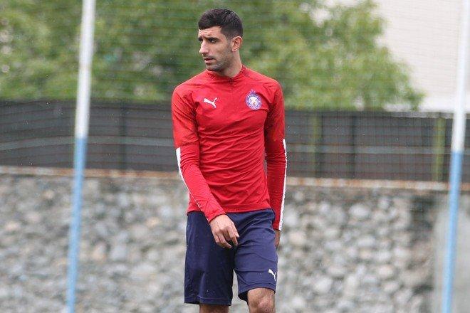 Игрок из армянской Премьер-Лиги появился в волгоградском Роторе, фото-1